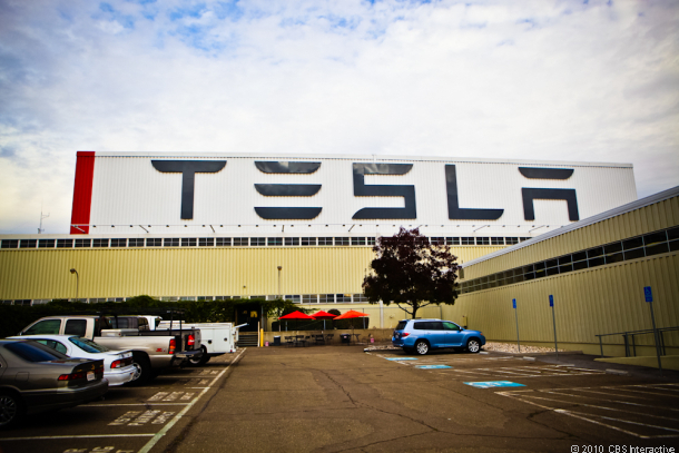 tesla-giga-factory-battery