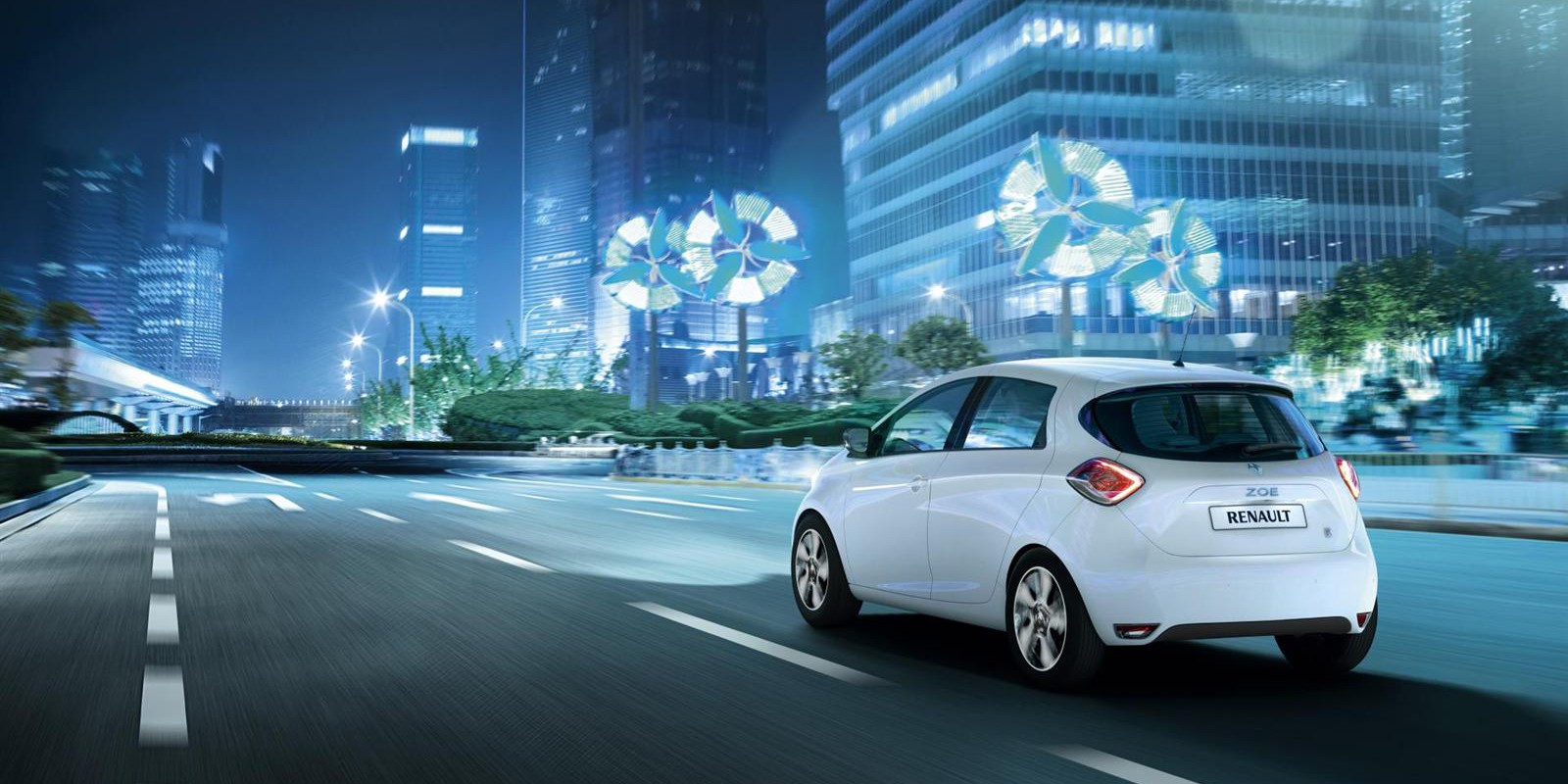 2013-Renault-ZOE_Image-014-1600