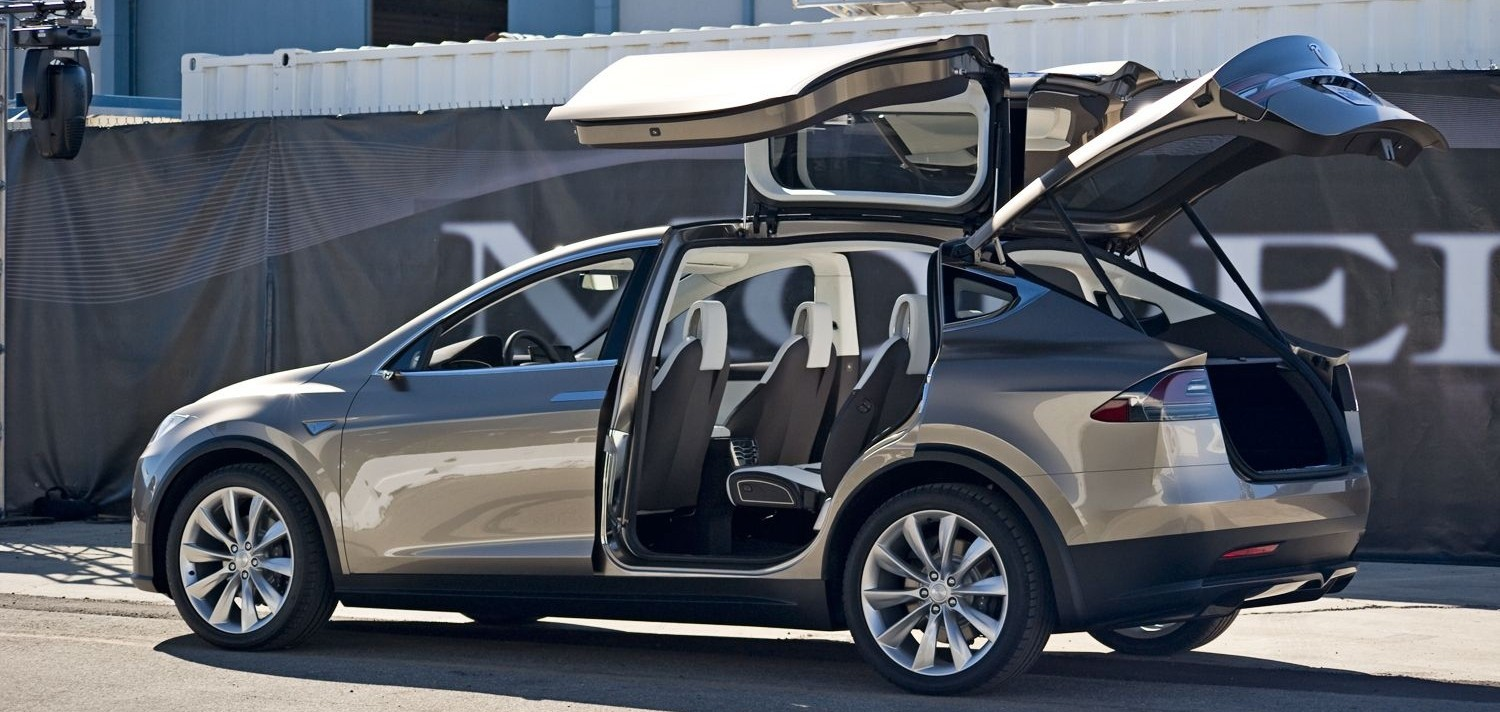 Image with 2013 Tesla Model X open