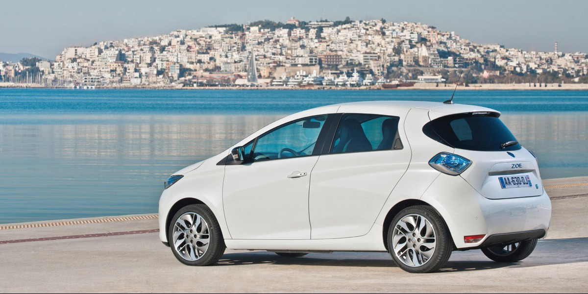renault zoe sales are up 132 in france giving more. Black Bedroom Furniture Sets. Home Design Ideas