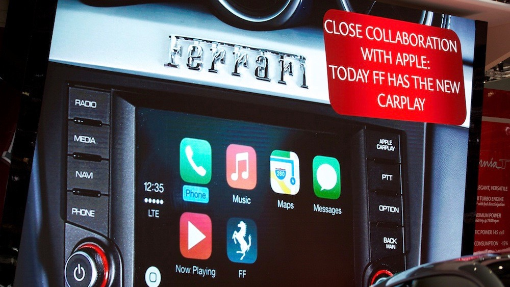 Apple CarPlay Ferrari