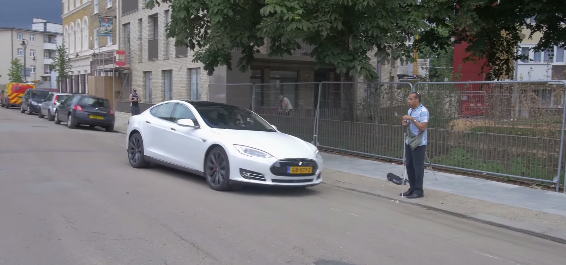 electric car and the blind