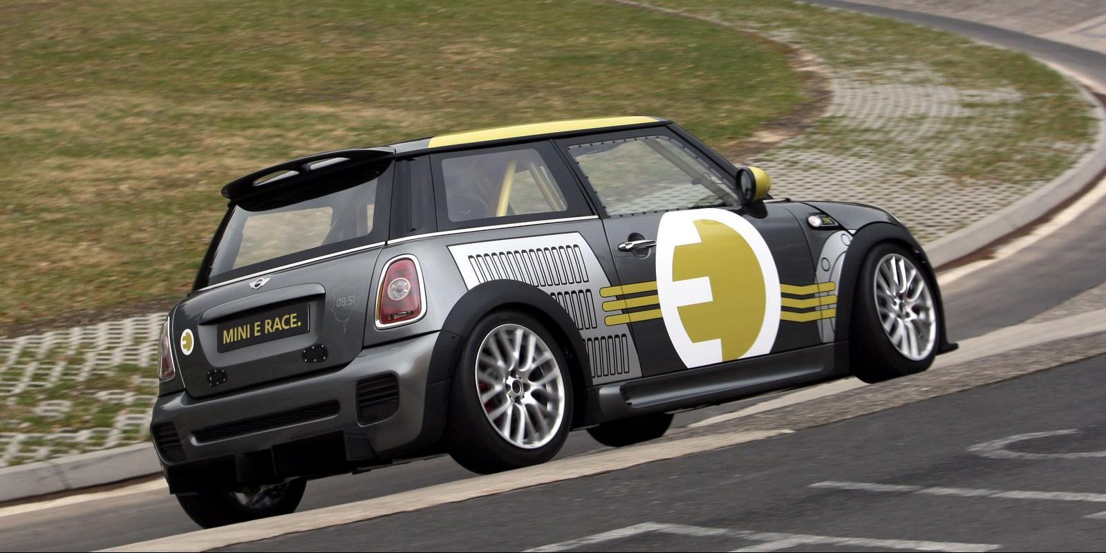 MINI-E-RACE-Ring-4