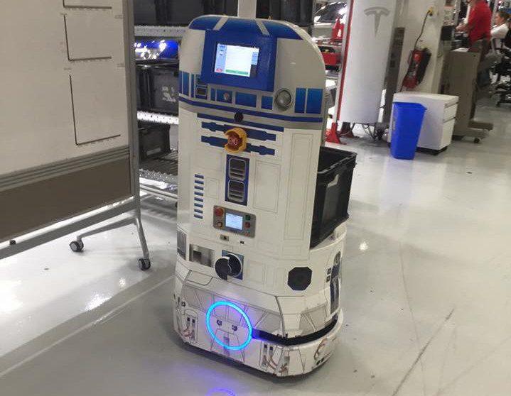 r2d2 robot Tesla