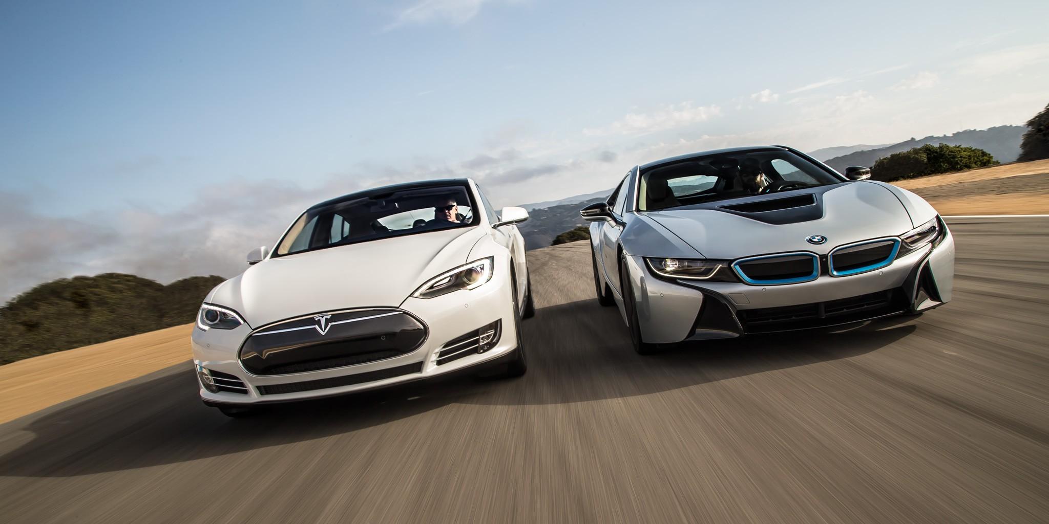 BMW i8 Tesla Model S