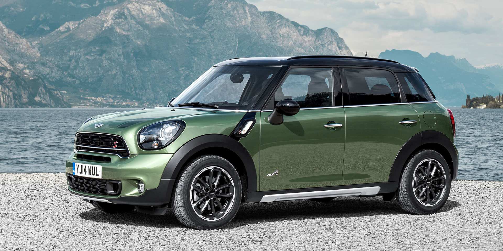 2015-MINI-Countryman-1