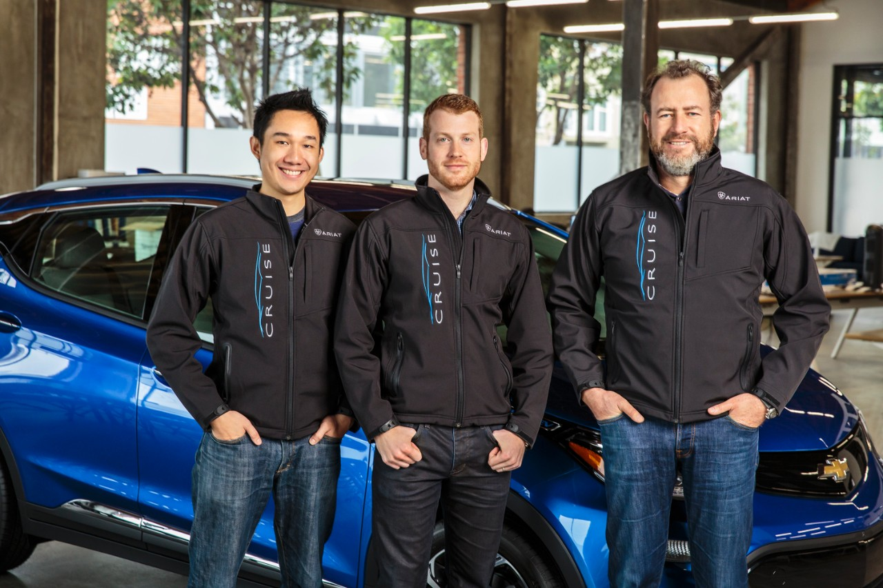 General Motors President Dan Ammann (right) with Cruise Automation co-founders Kyle Vogt (center) and Daniel Kan (left).
