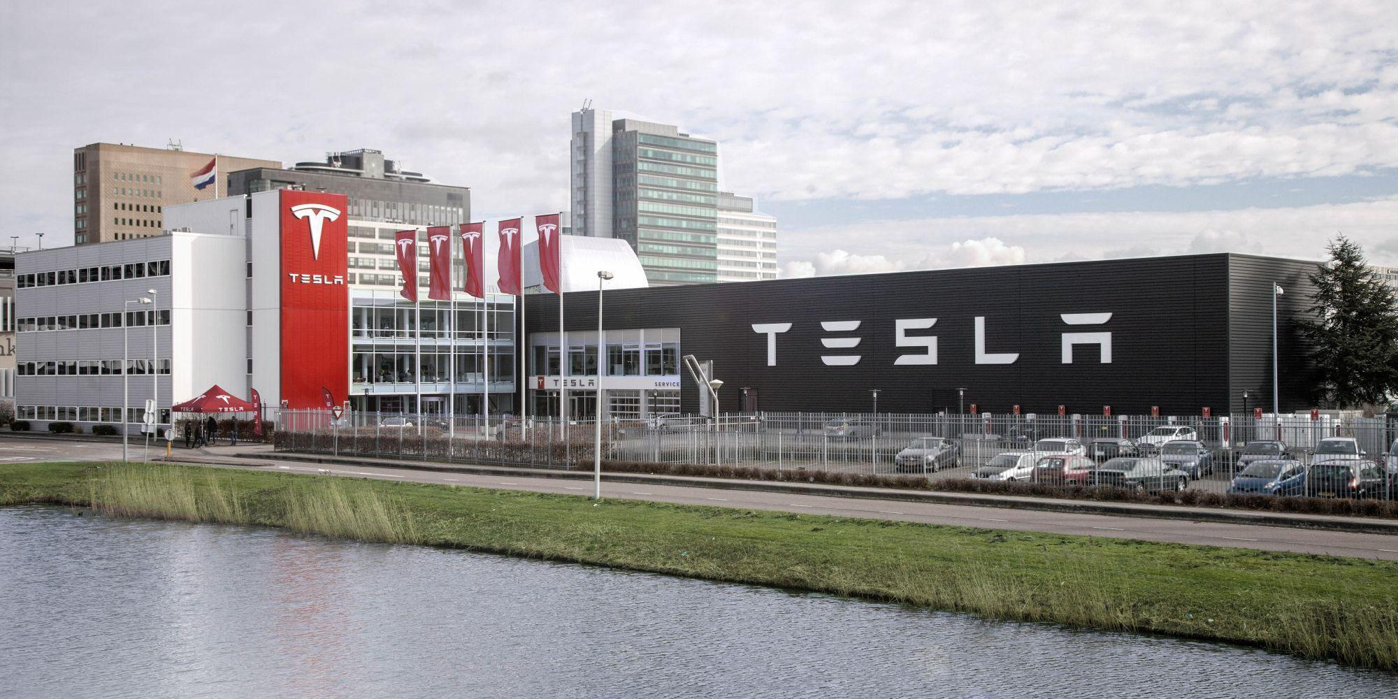 Tesla Model 3 becomes best-selling car in the Netherlands with 10,000 units - Electrek