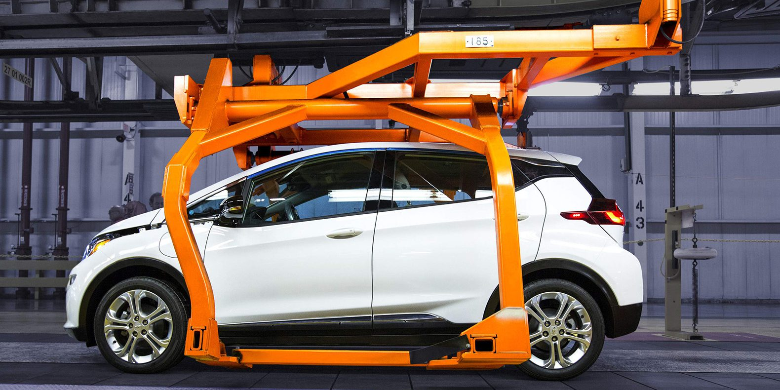 Chevy-Bolt-enter-pre-production