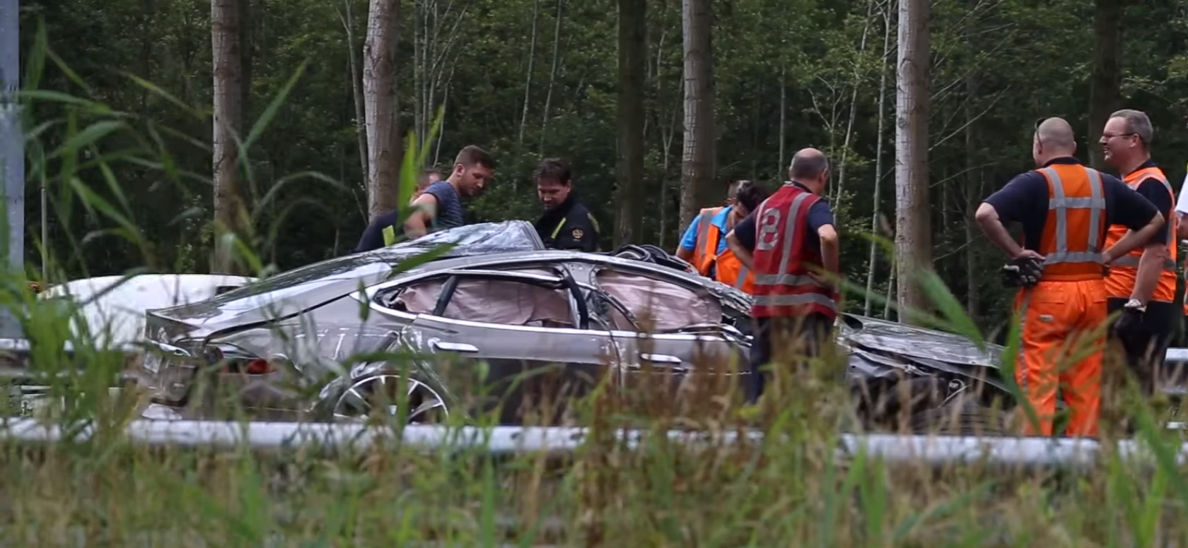 tesla model s crash rollover
