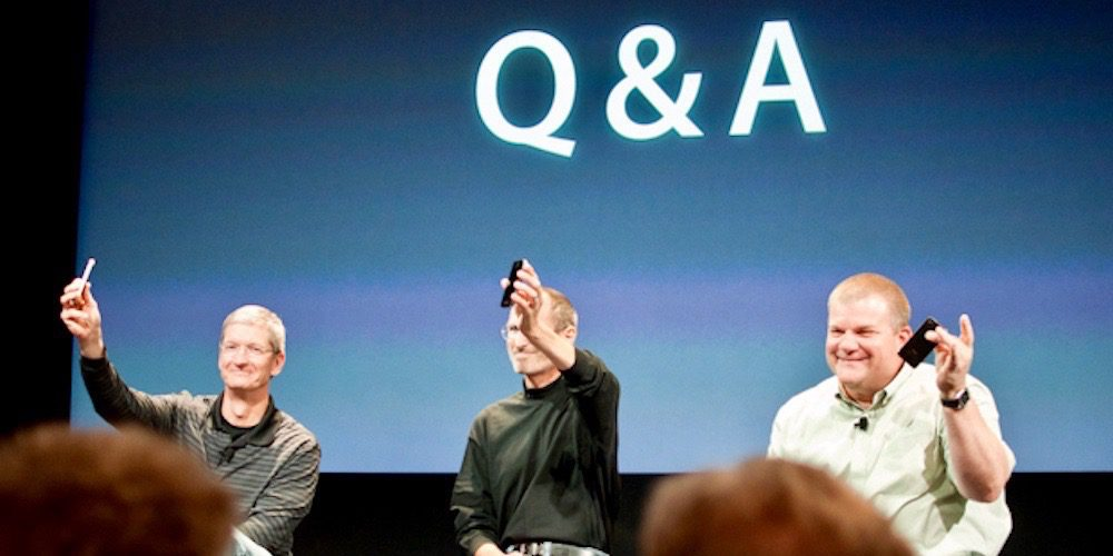 Tim Cook, Steve Jobs, and Bob Mansfield during 2010 iPhone 4 'Antennagate' press conference