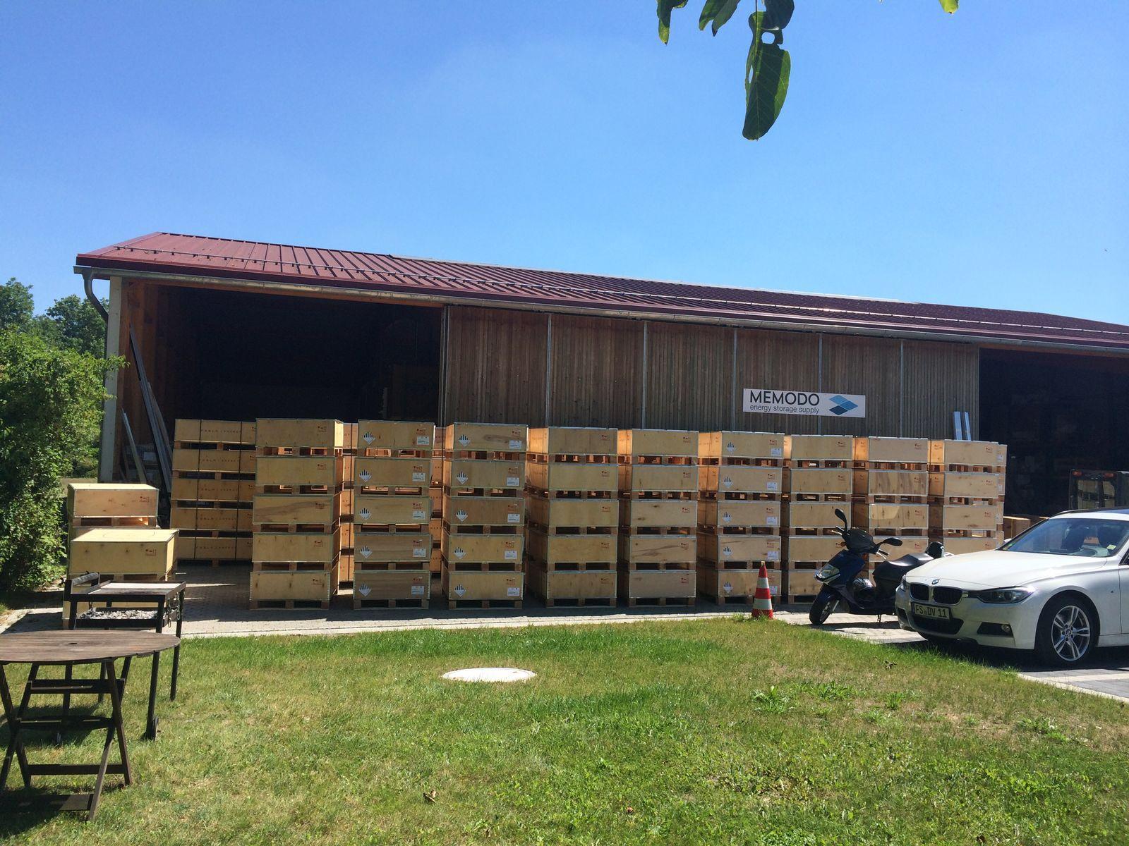 Memodo large Powerwall shipment 2
