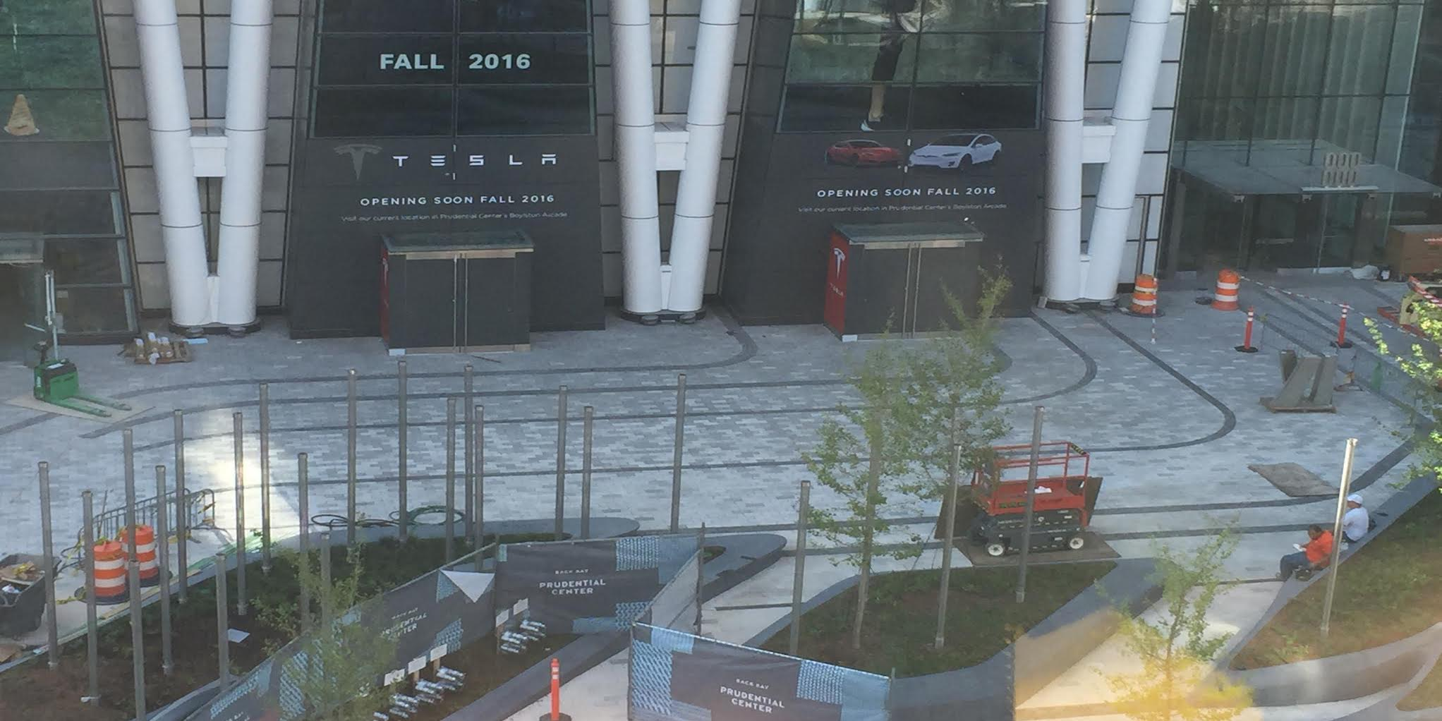 New-Tesla-Store-Boston