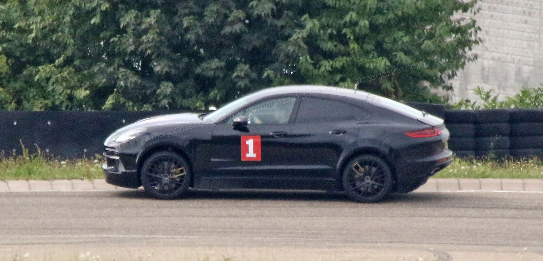 Porsche Cayenne EV