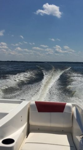 Enthusiast builds all-electric speed boat using Tesla