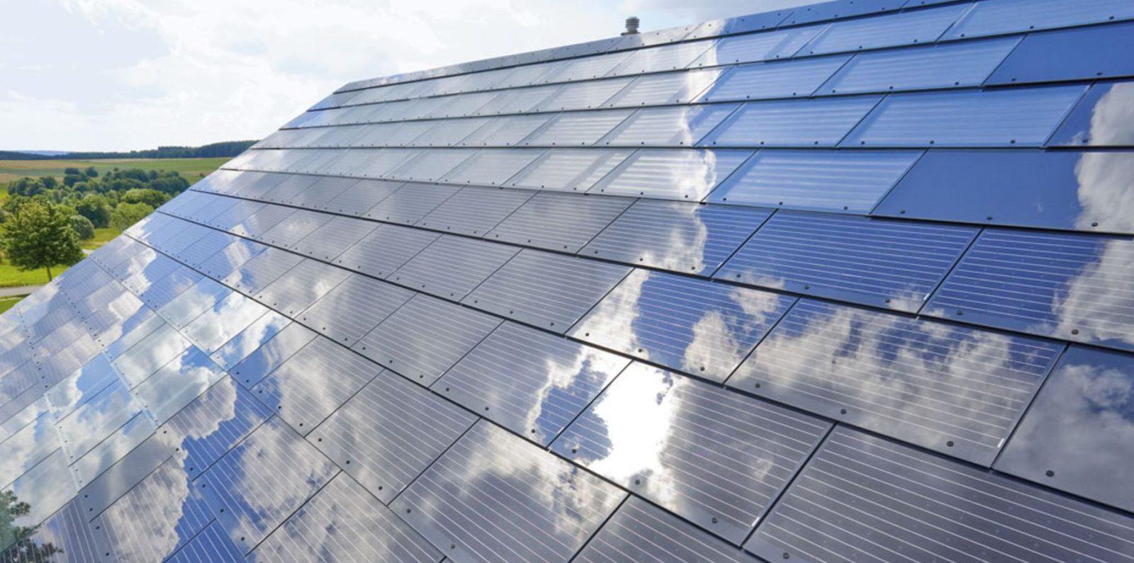 Elon Musk Solar Shingles >> Elon Musk Announces Solar Roof Product Tesla Solarcity