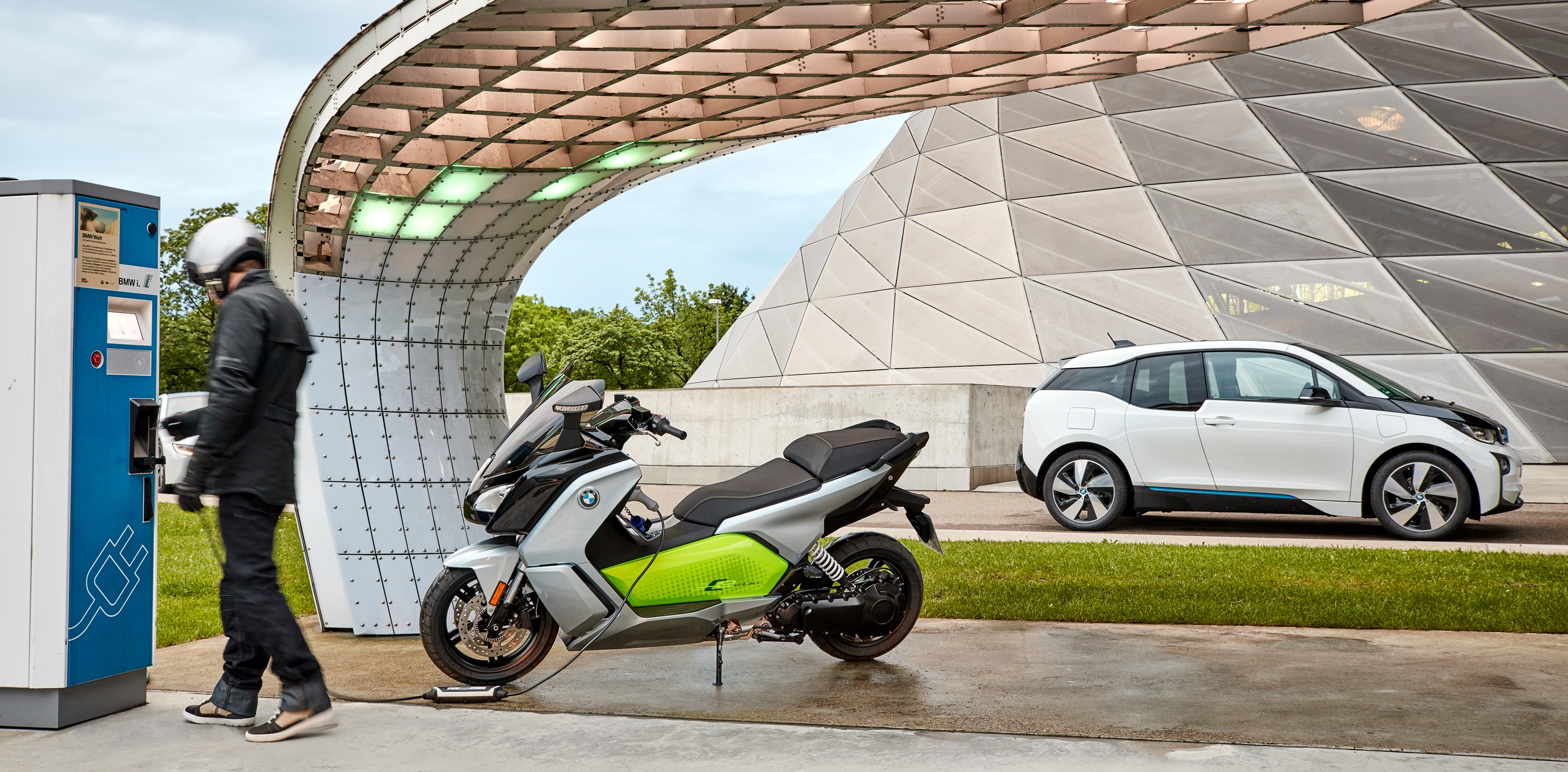 bmw-c-evolution-header
