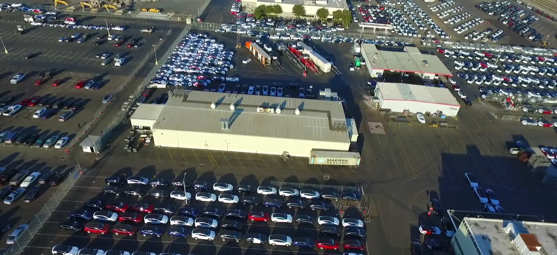tesla-factory-aerial-look
