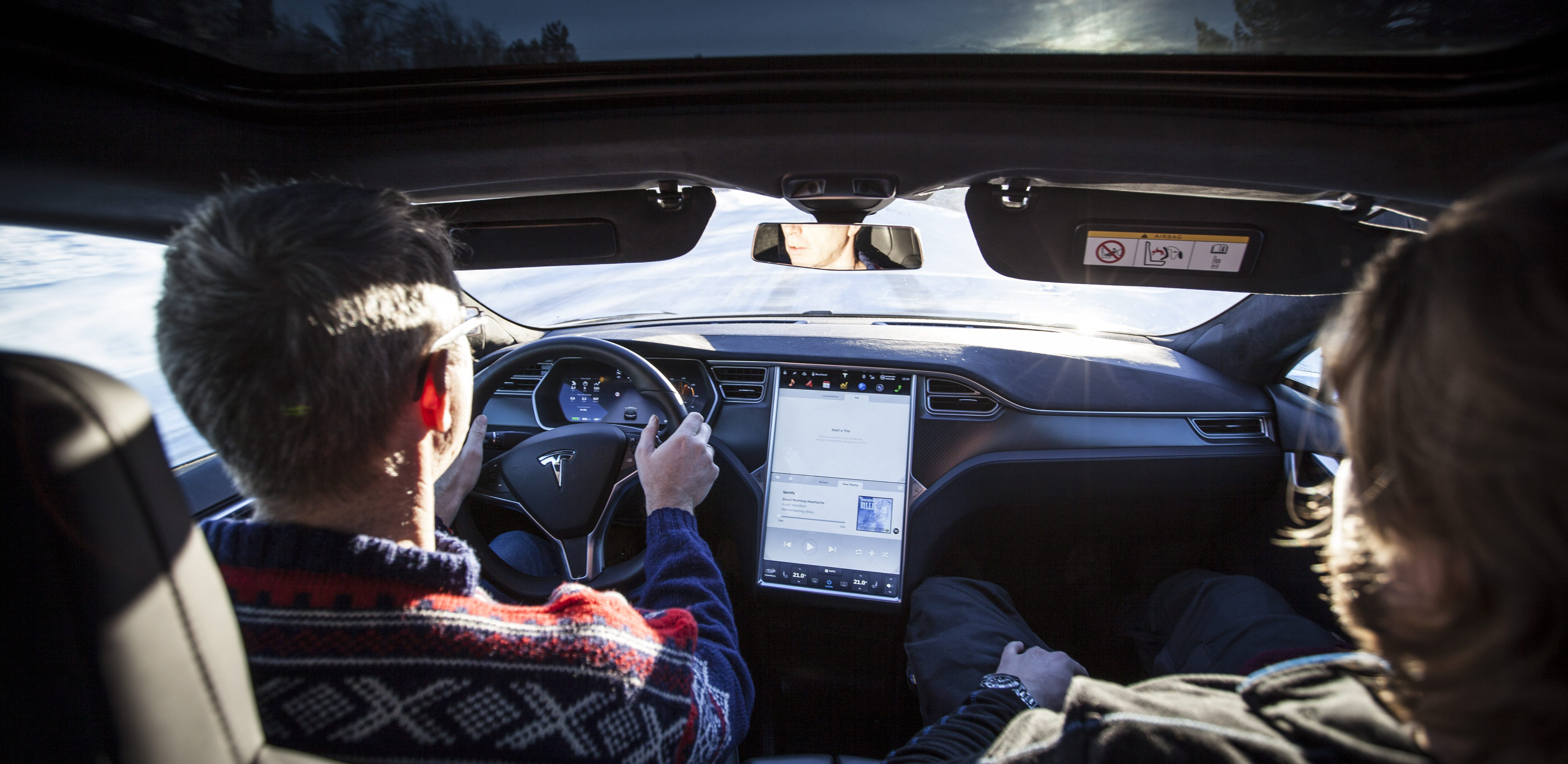 Uber Car Lease >> Tesla's new self-driving car can only make you money on the ride-sharing 'Tesla Network', not ...