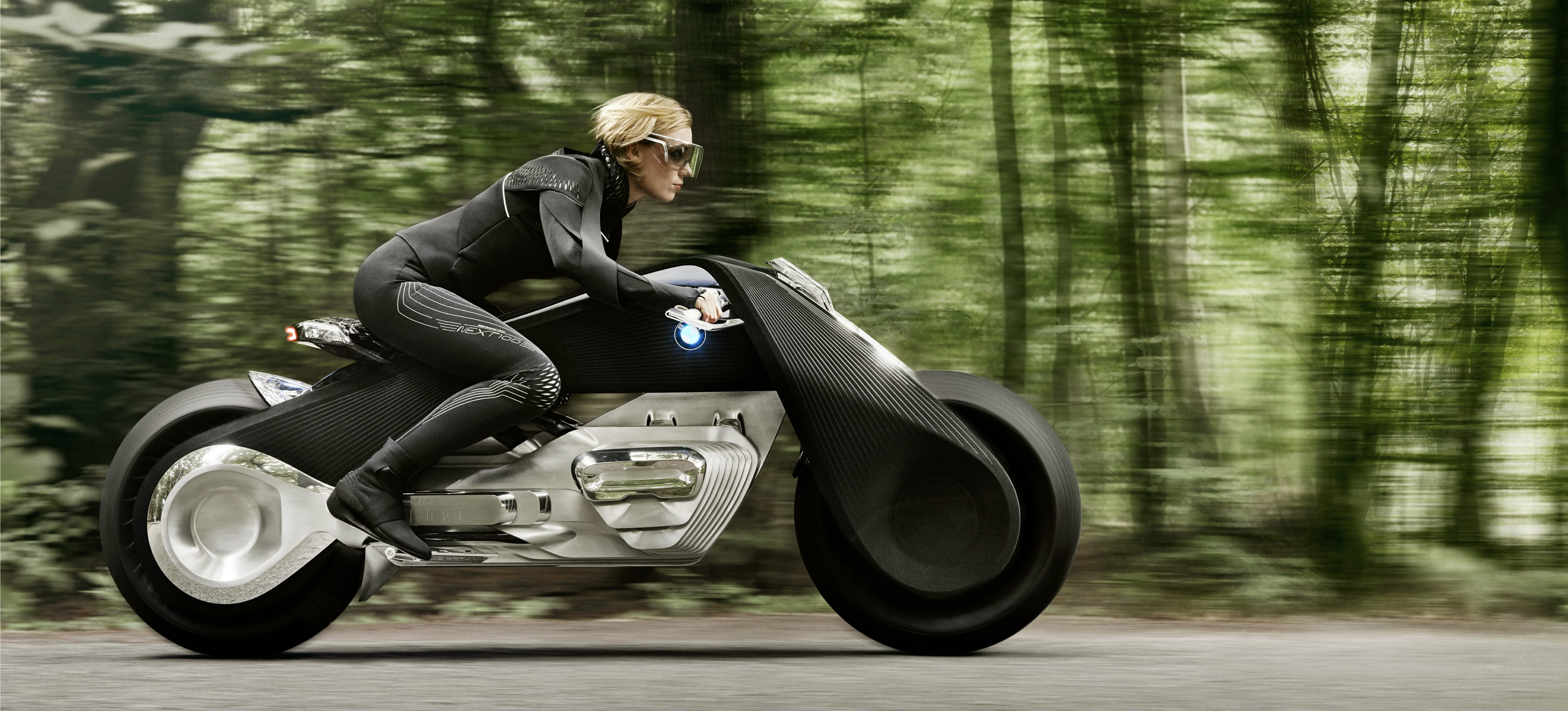 bmw unveils new self balancing electric motorcycle concept amid rumored talks with lit motors. Black Bedroom Furniture Sets. Home Design Ideas