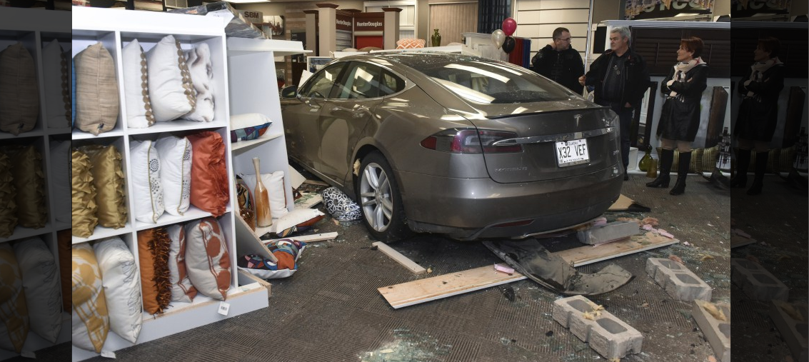 tesla-model-s-crash-trois-rivieres