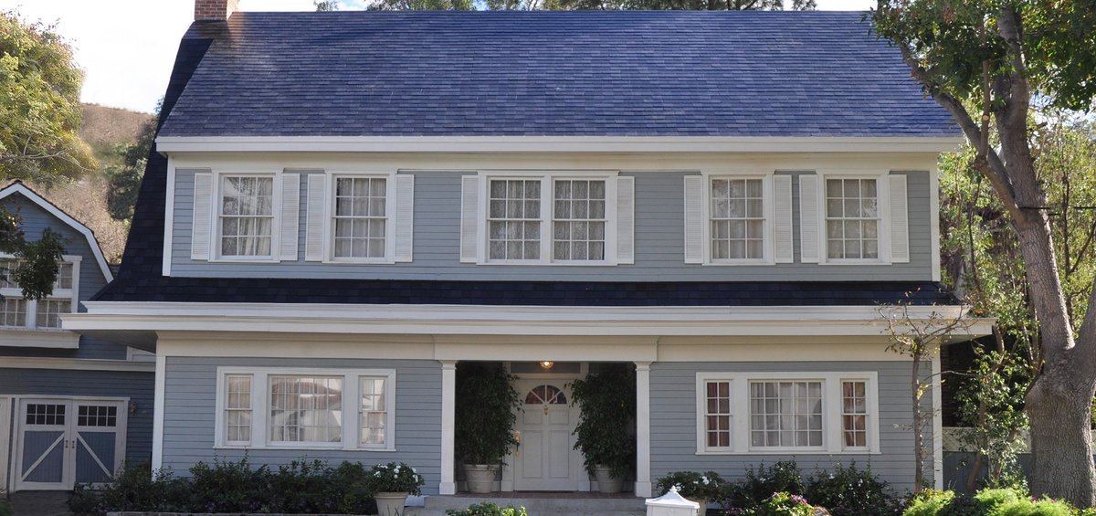 Tesla Solar Roof Order >> Tesla S Solar Roof Tiles Are Already Sold Out Well Into 2018