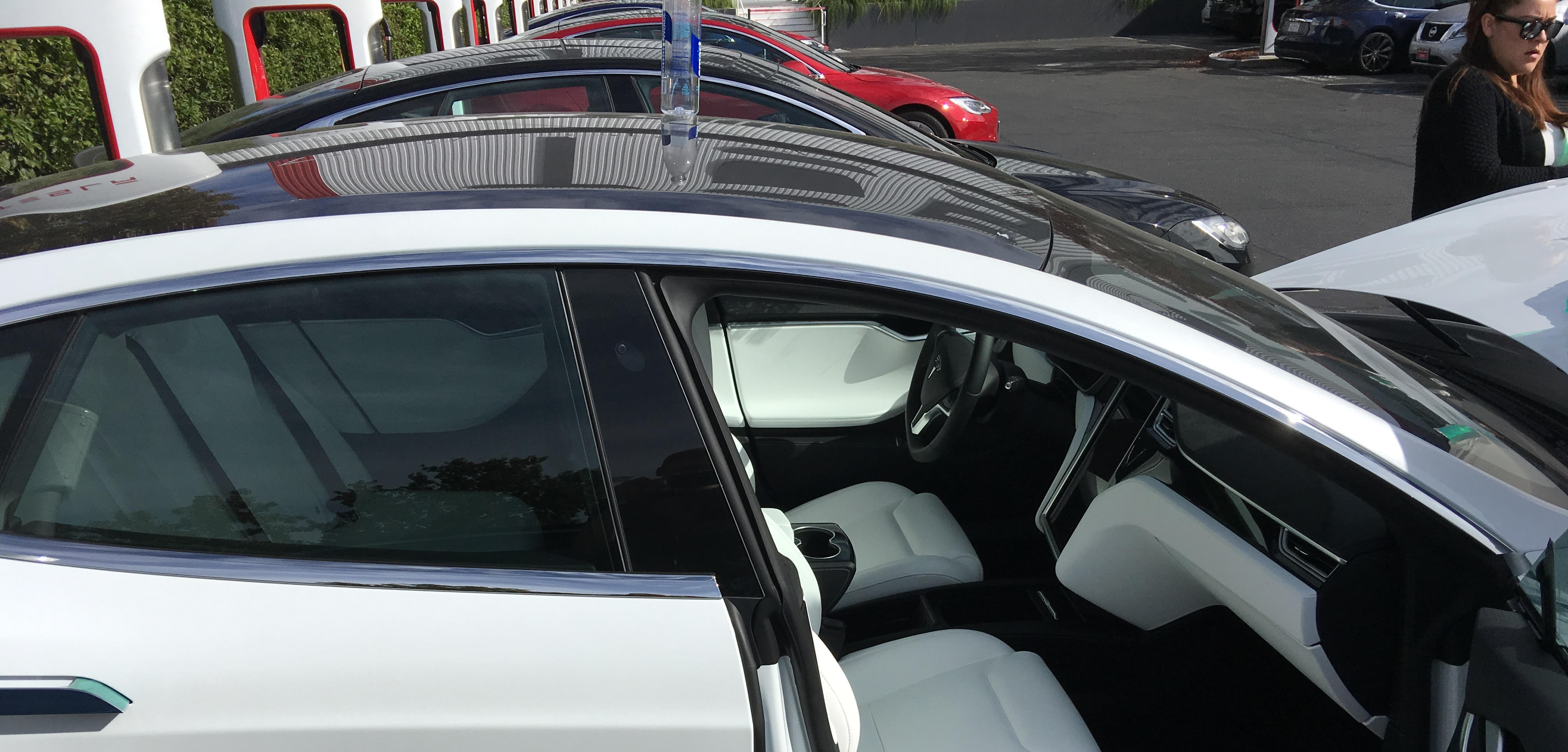 First Look At Tesla S New Model 3 Like Glass Roof On The