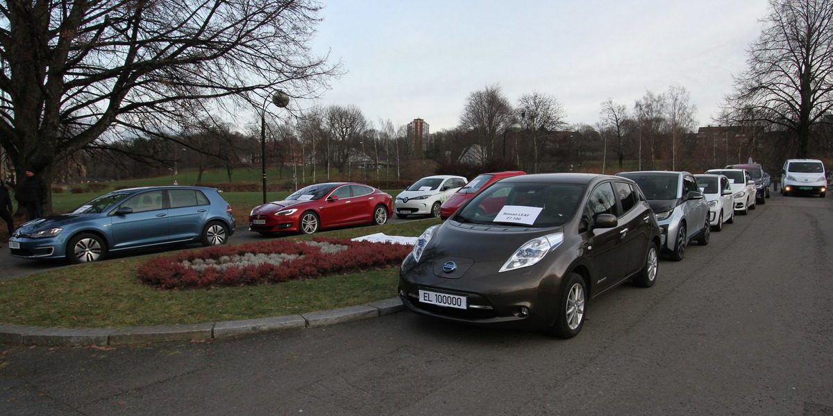 Electric Cars Reach Record 42 Of Norway S Total New Car Sales With