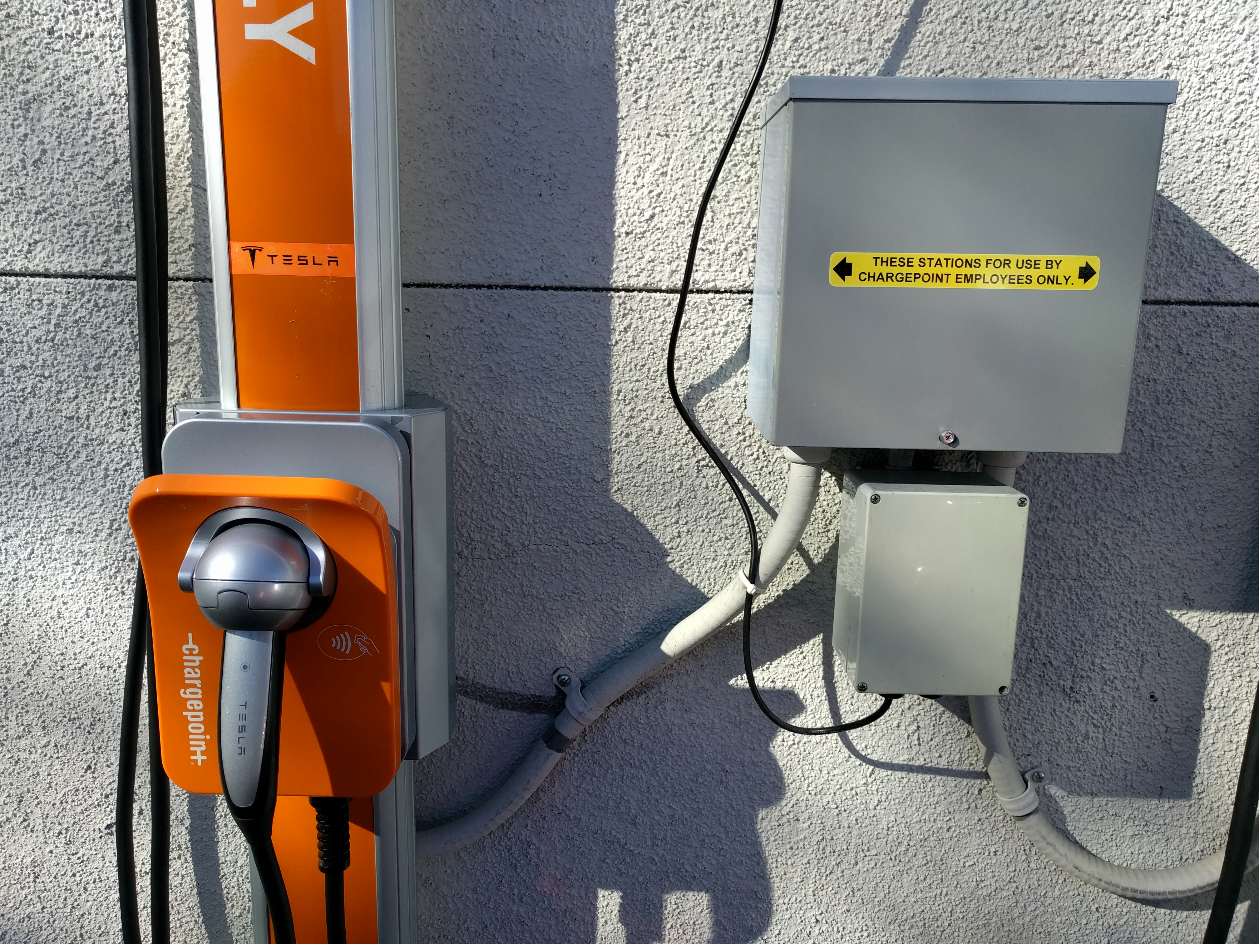 chargepoint-tesla