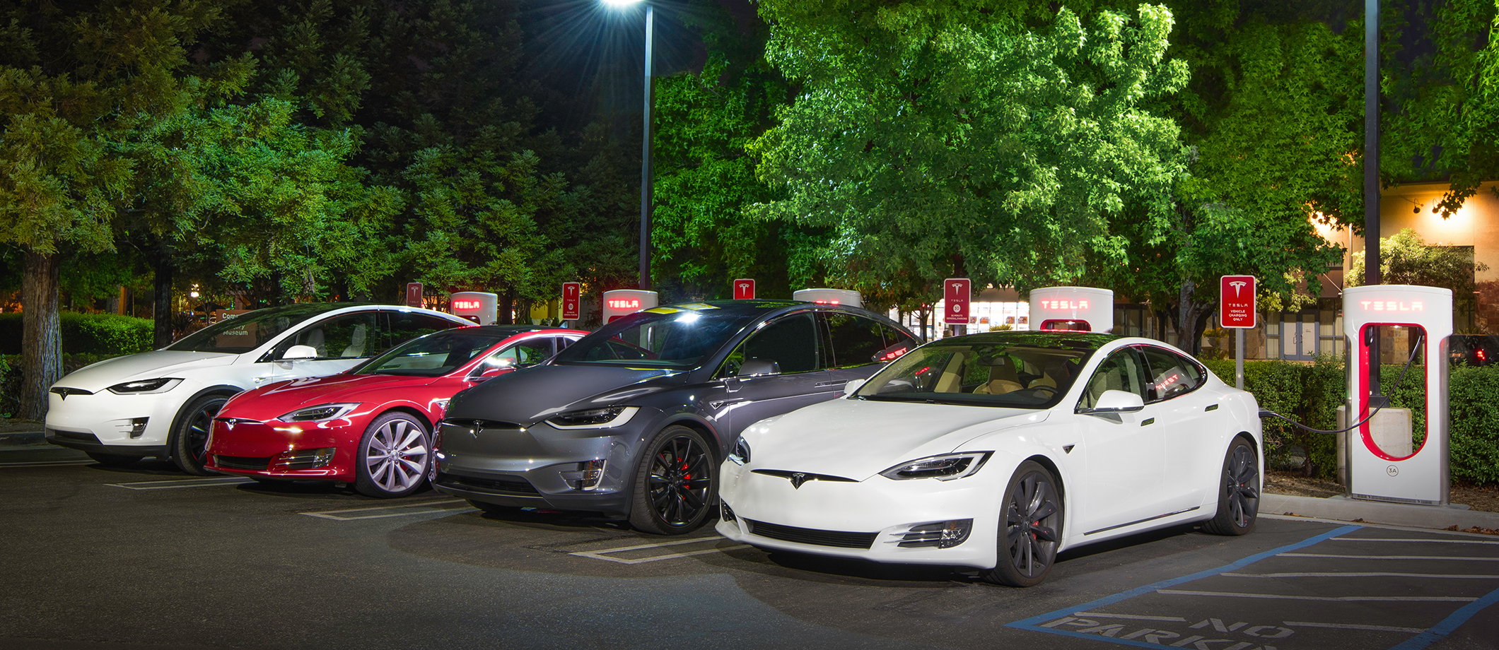 supercharger_group_night