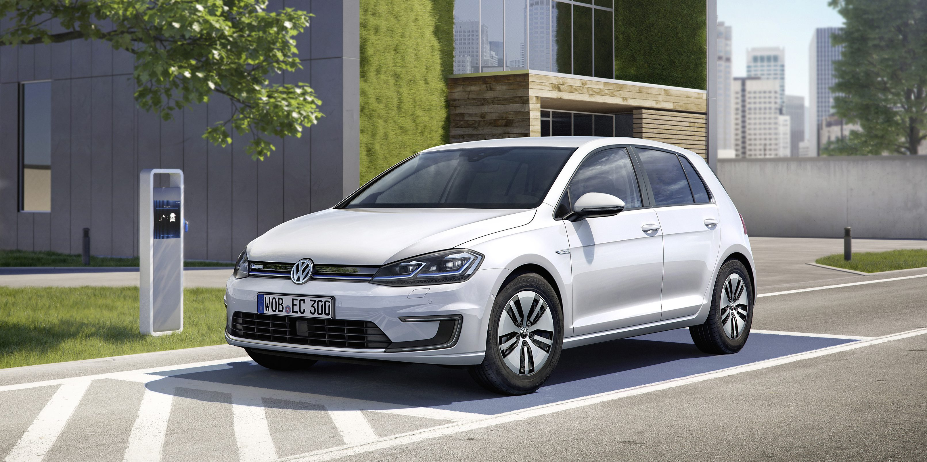 Norway is near electric car sale record again as VW delivers almost 1,000 e-Golfs