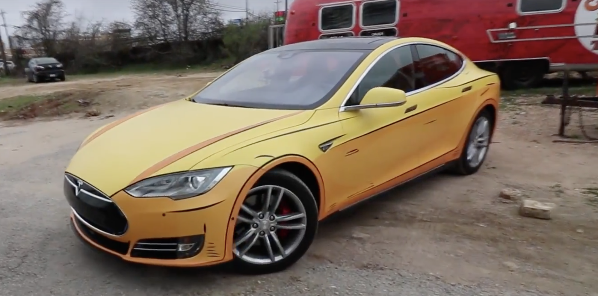 Tesla Owner Wrapped His Model S To Make It Look Like A Cel