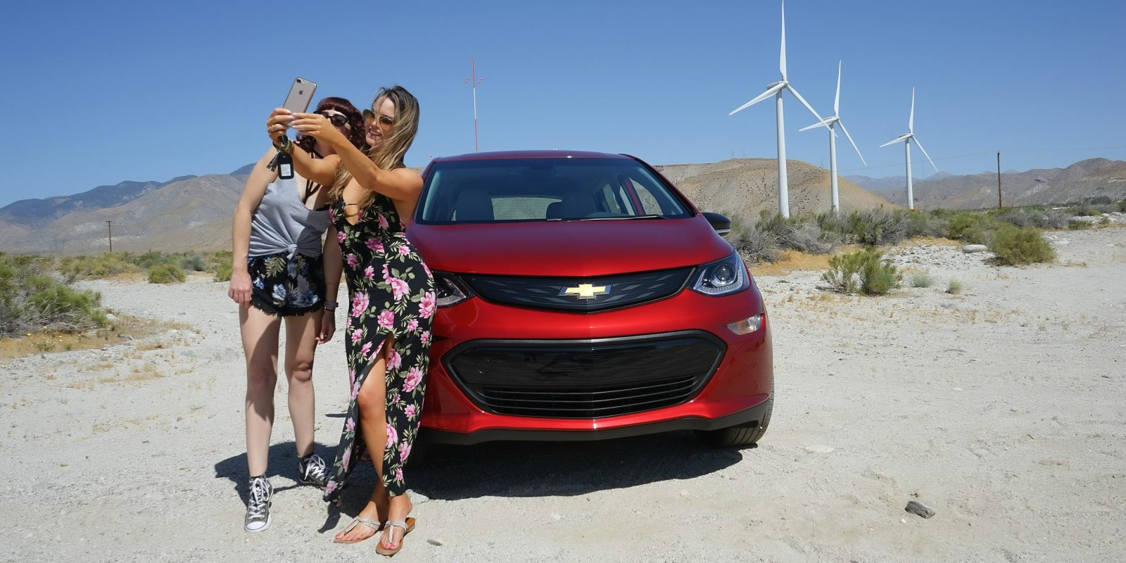 Chevy Bolt Ev Sales Are Slumping In The Us Gm Says Production Going