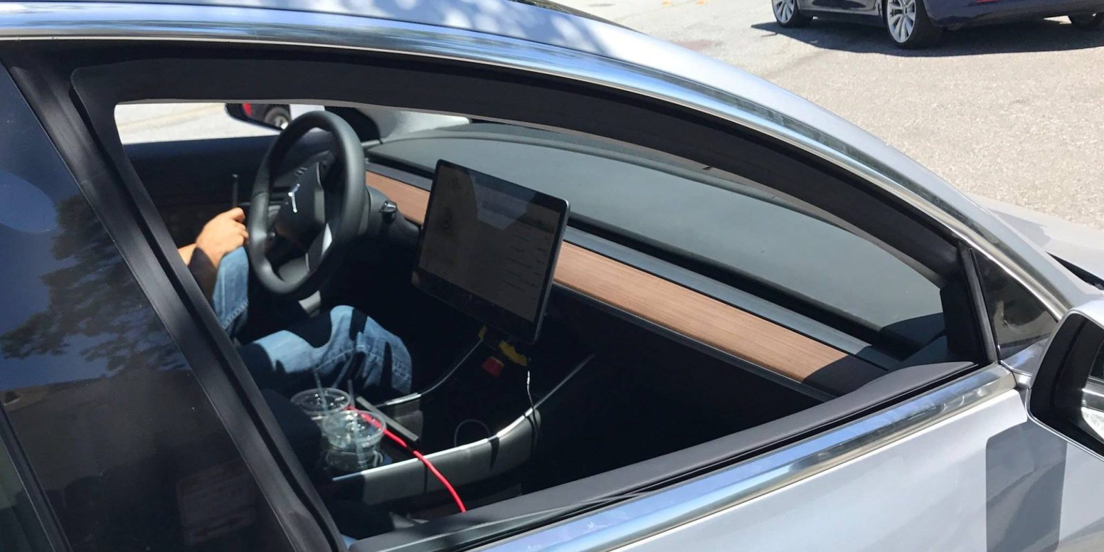 Tesla Model 3: best look at the interior and Model 3's ...