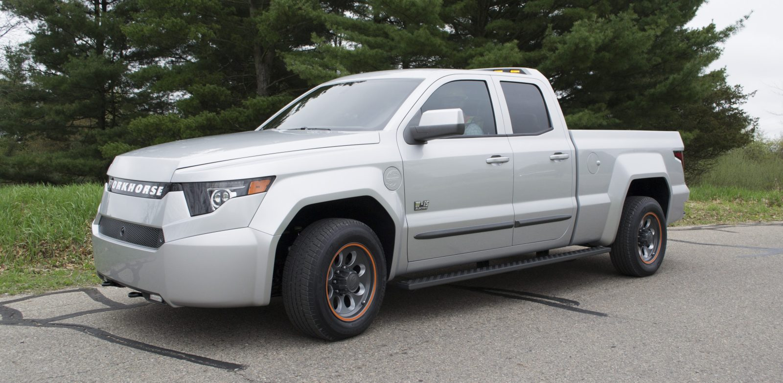 A 52 000 Plug In Electric Pickup Truck W Range Extender Receives Over 5 Fleet Orders Opens Reservation To The Public