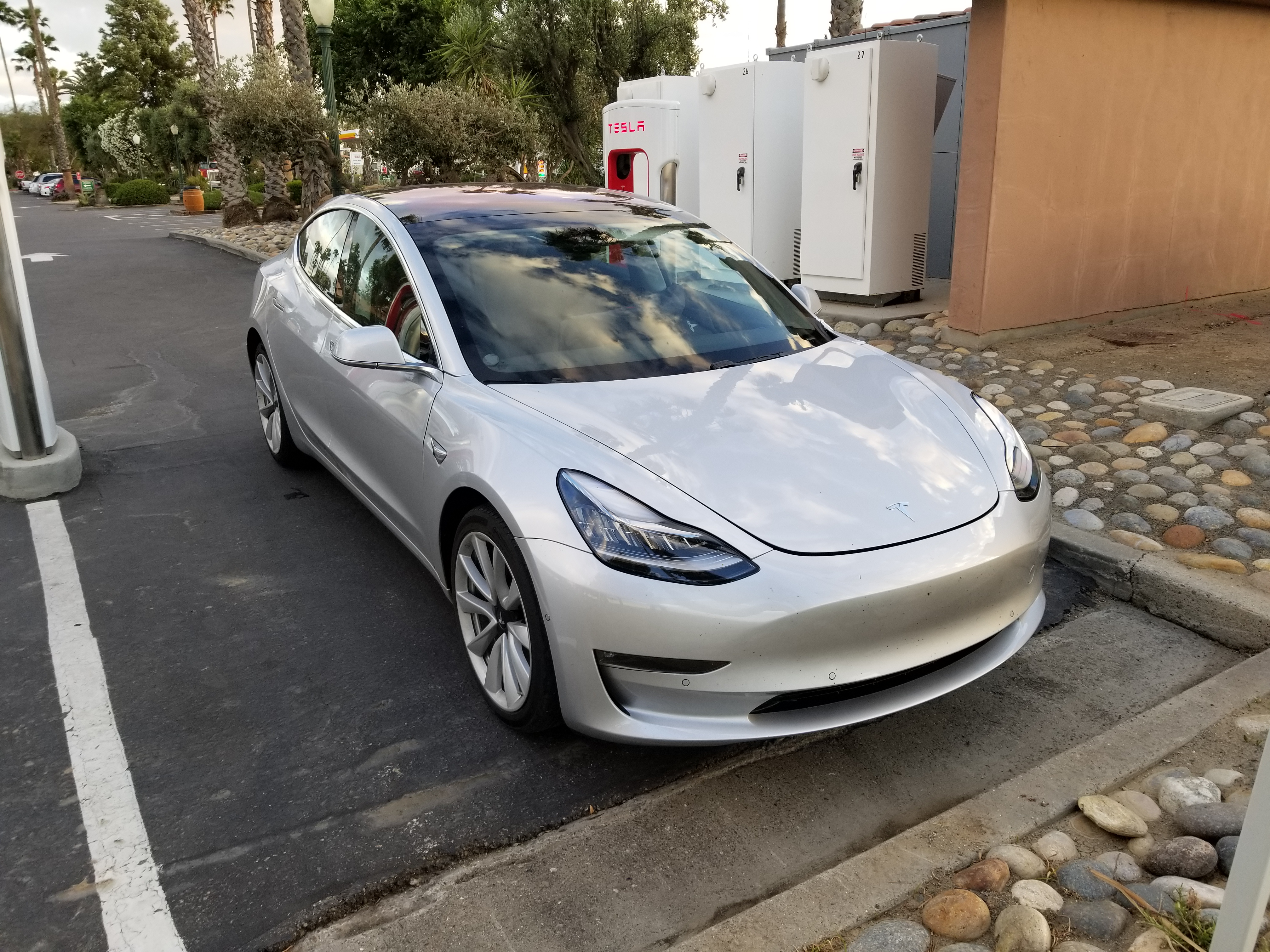 A look at all Tesla Model 3 production colors - Electrek