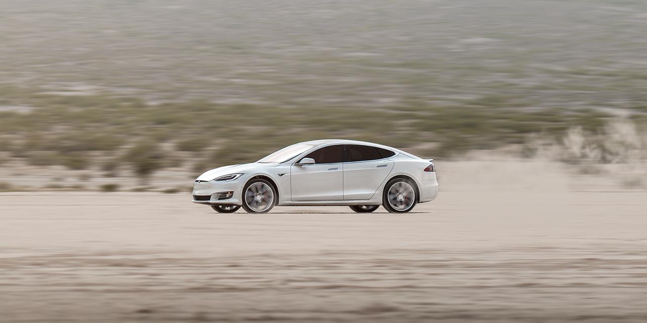 Tesla increasingly resembles Lehman Brothers 8