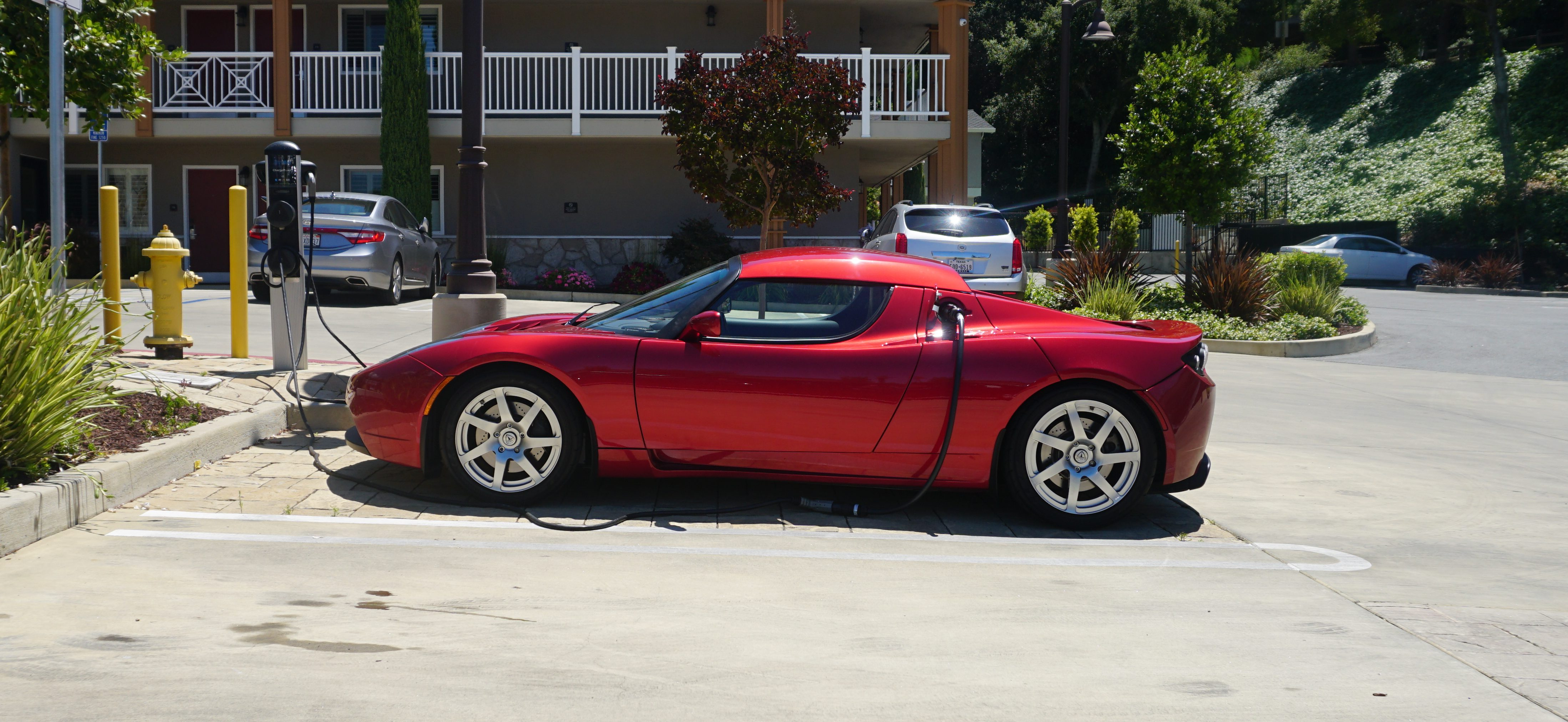 Tesla Roadster 3 0 The Electric Car That Sparked A Revolution