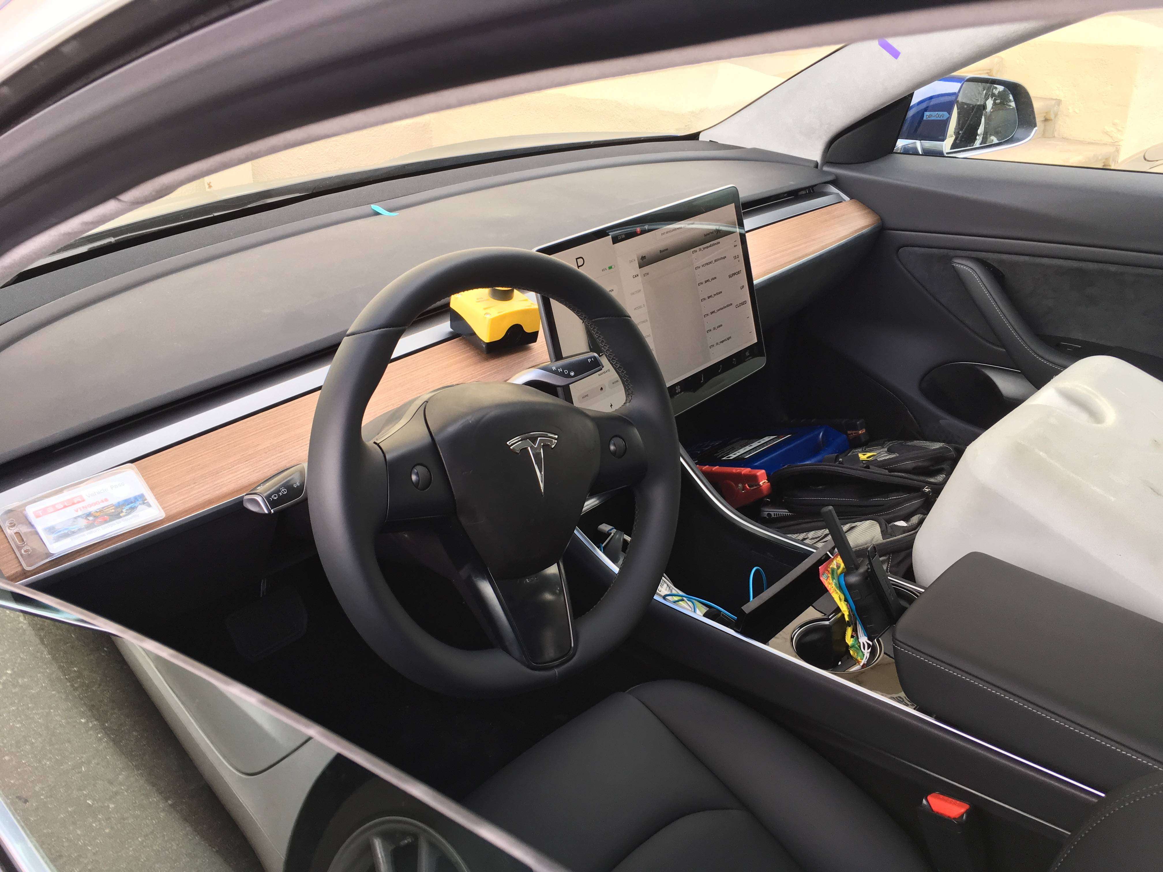 New Tesla Model 3 Photos Show Us The Clearest View Yet Of Pit Steering Wheel