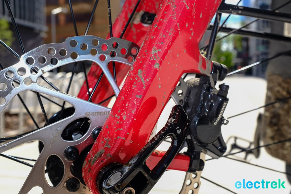 Shimano Disc Brakes Trek Super Commuter 8 Electric bike bicycle Electrek-119