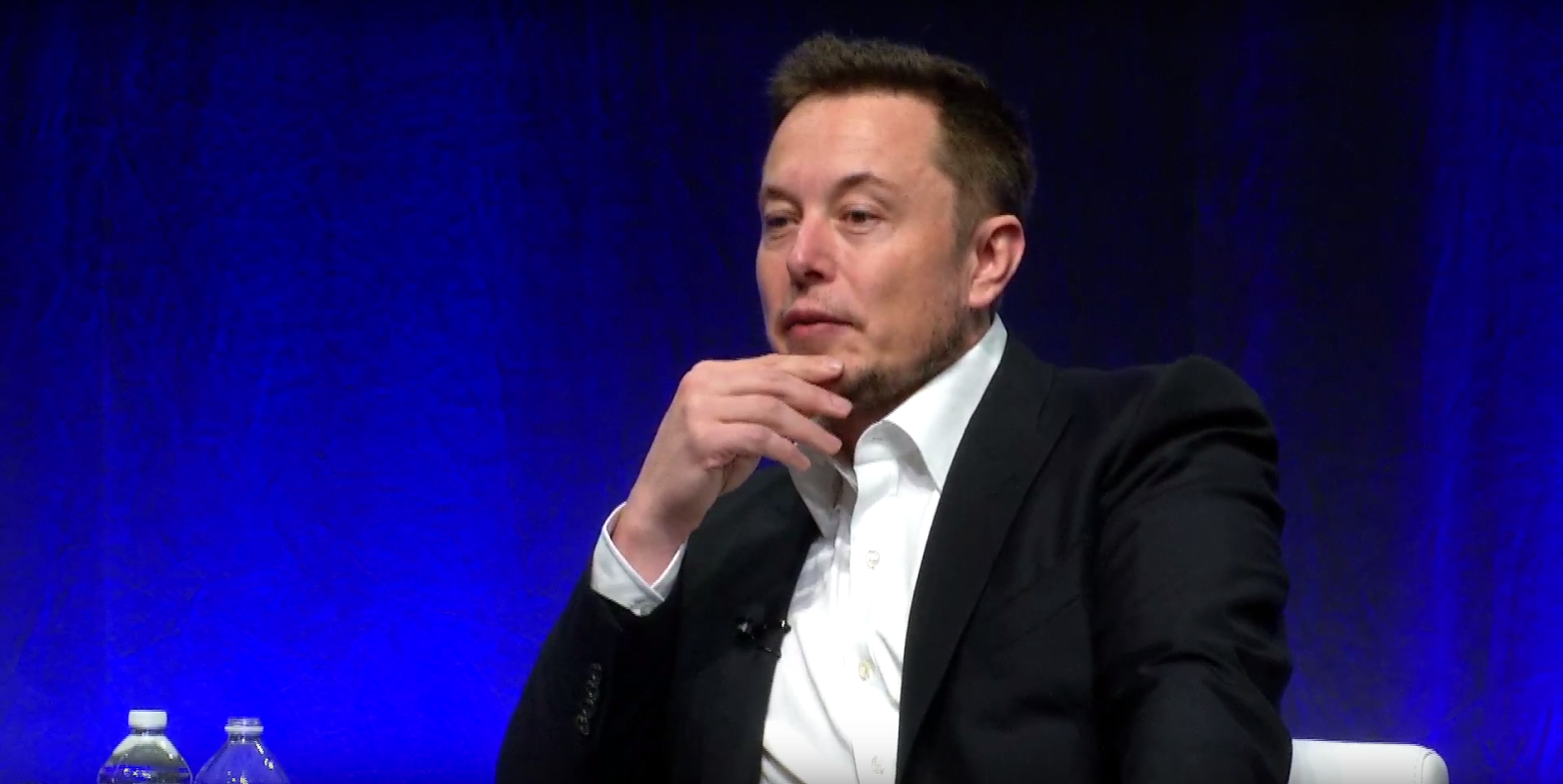 Elon Musk says shelter-in-place orders during COVID-19 are 'fascist' - The  Verge | 803x1600