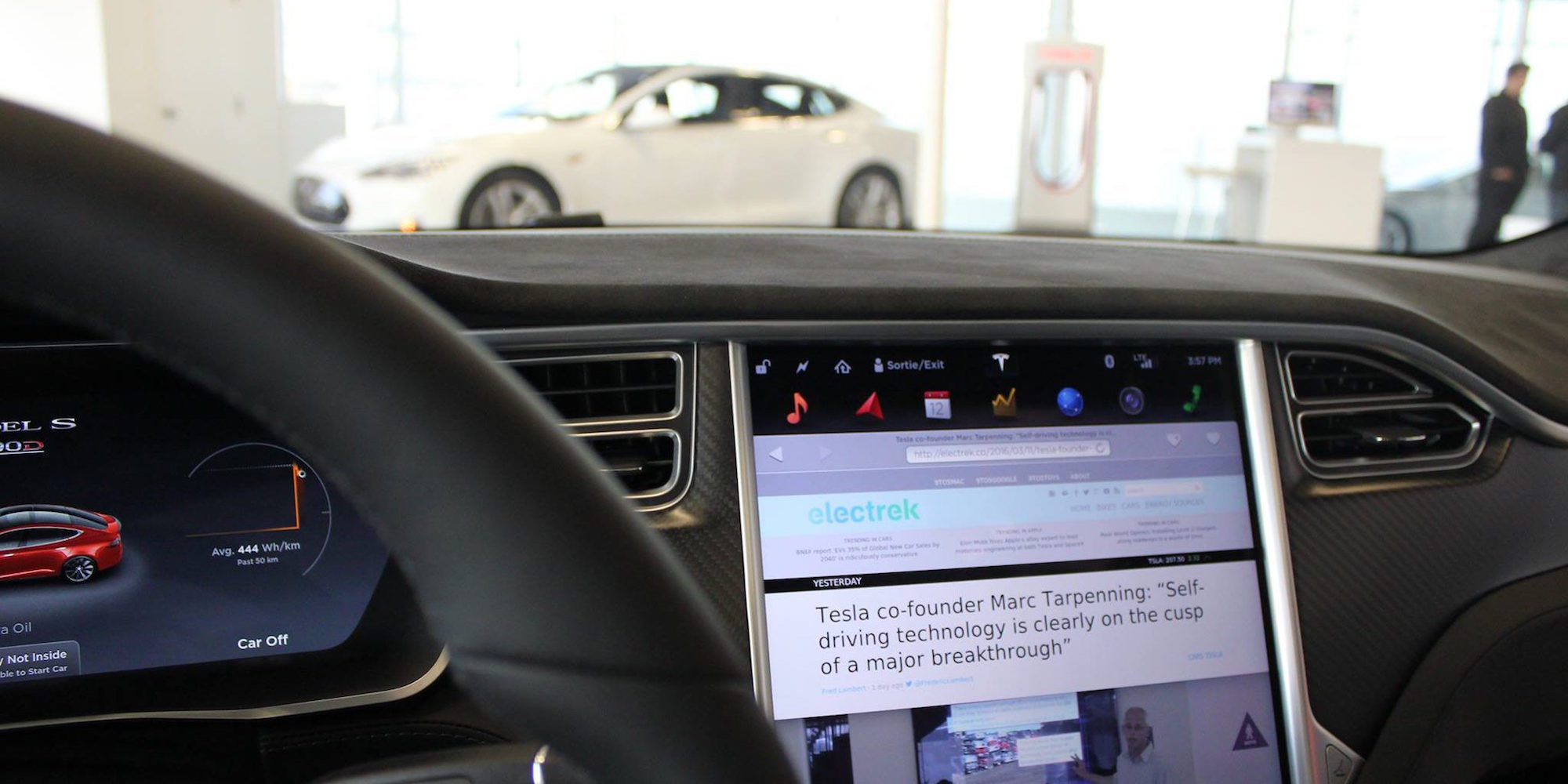 This week's top stories: Tesla Model 3 deliveries continue to increase, VW bets big on EV, and more