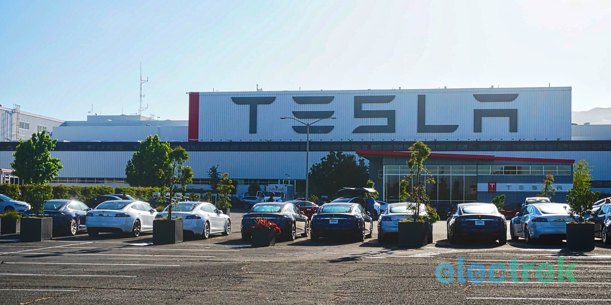 Tesla hires new 'VP of Production for Fremont plant' but stays vague about role