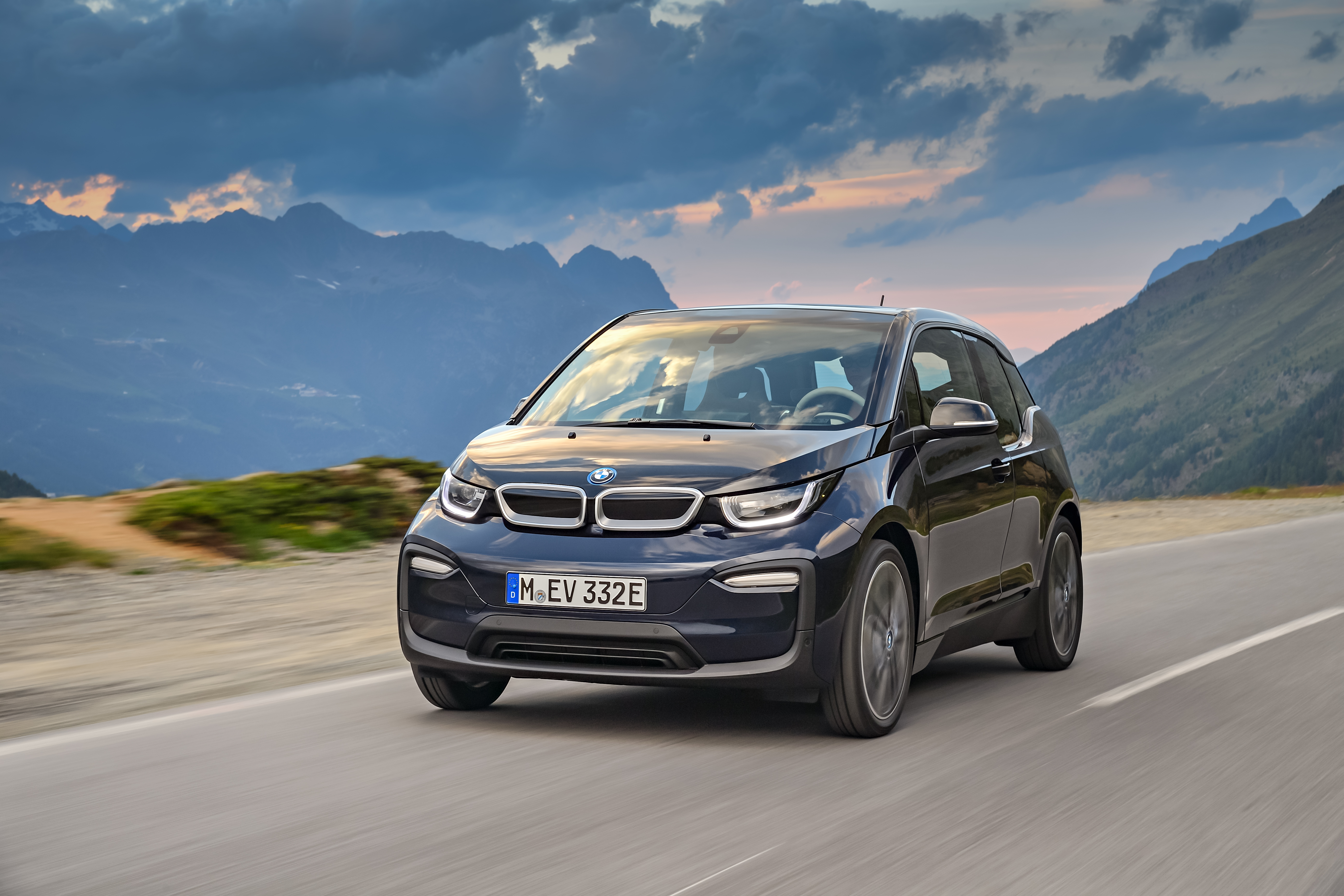 Bmw To Issue Stop Sale Recall On All Bmw I3 Models Sold In America