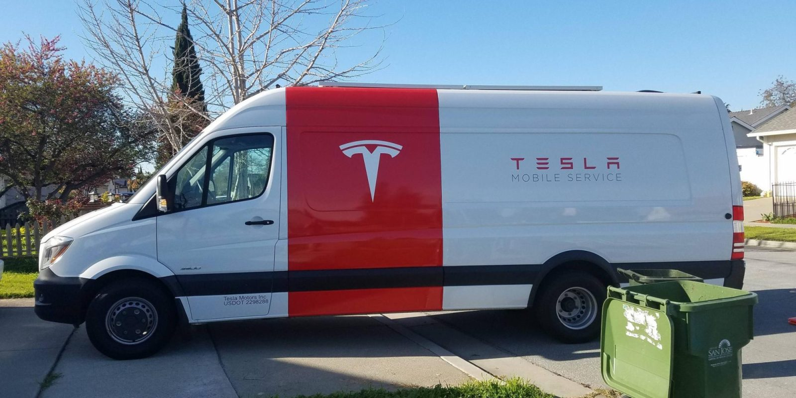 Tesla is launching new all-electric service vehicles based on Model ...