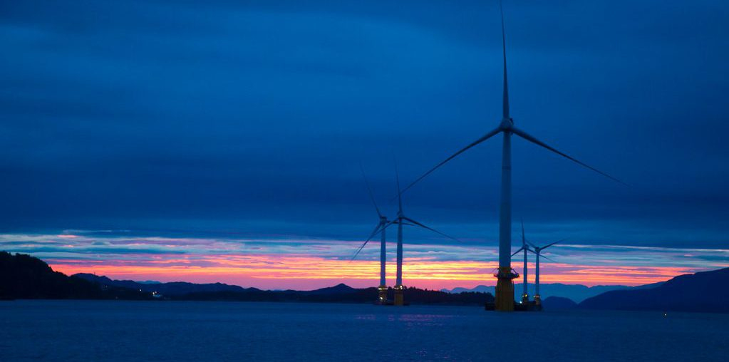 Green energy generates more electricity than fossil fuels for first time in the UK