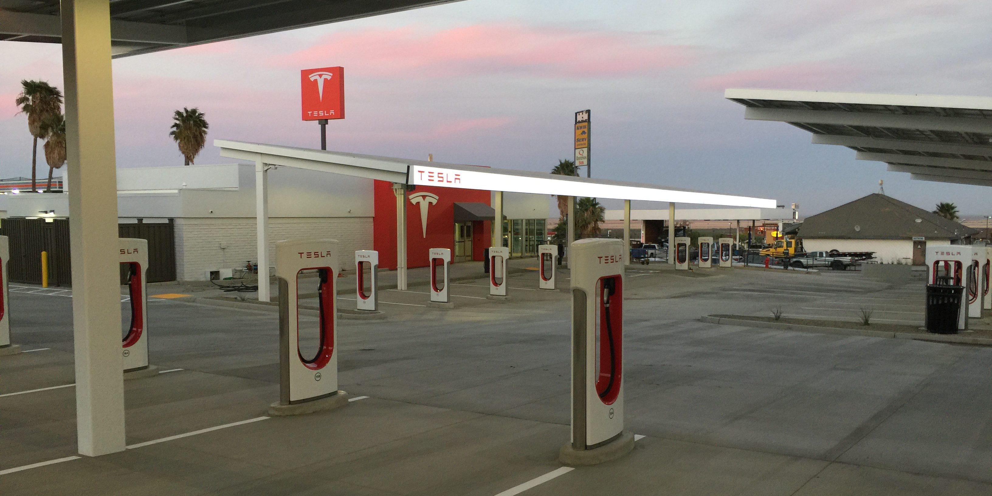 Tesla is about to bring online its biggest Supercharger stations in the US – first look at new lounge