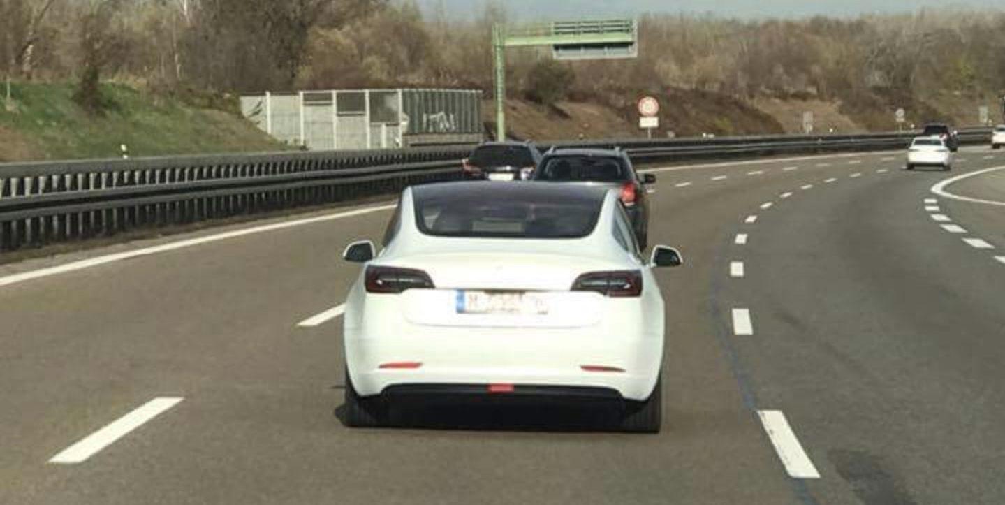 Resultado de imagem para Tesla model 3 germany