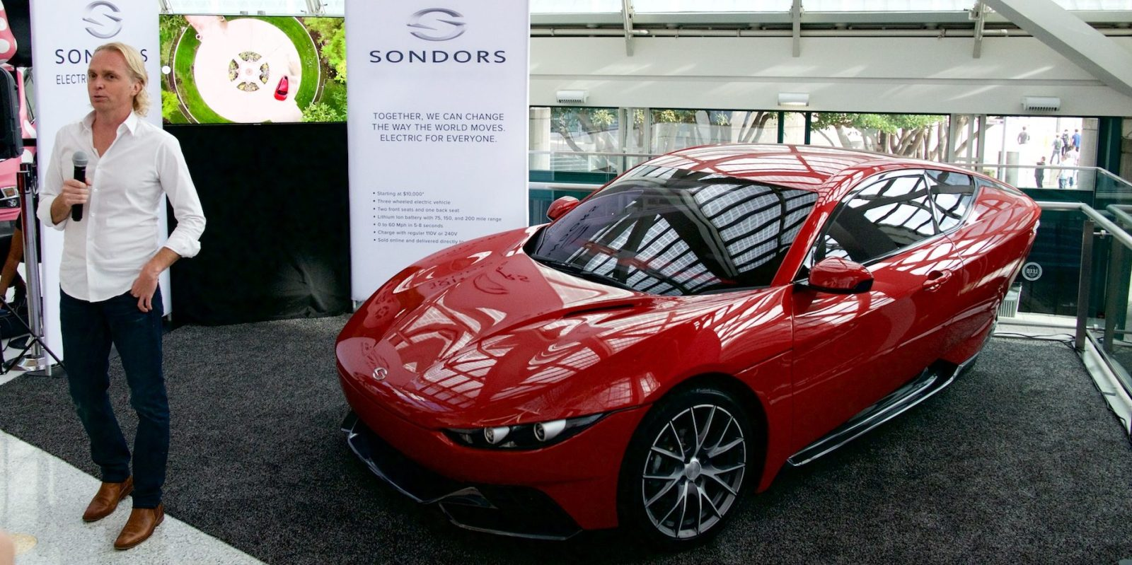 Sondors Crowdsourced Wheeled EV Debuts At The LA Auto - La auto show car debuts