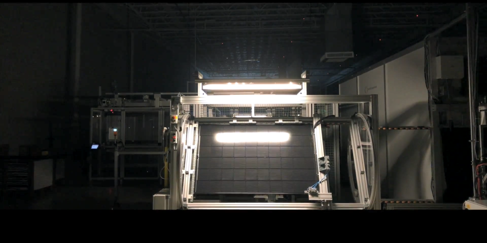 Solar panel efficiency 'research race' ongoing as technology dashes toward records